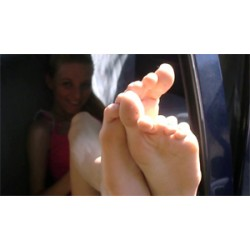 EL Goddess Belle foot worship eccitante