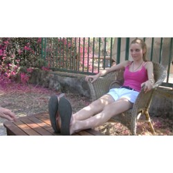 CWF Goddess Belle spruzzata per i suoi piedi